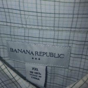 XXL Banana Republic Button Down Collared Shirt